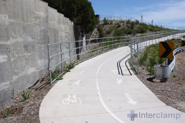 /media/269527/peninsular-link-cycle-path-handrail-12.jpg